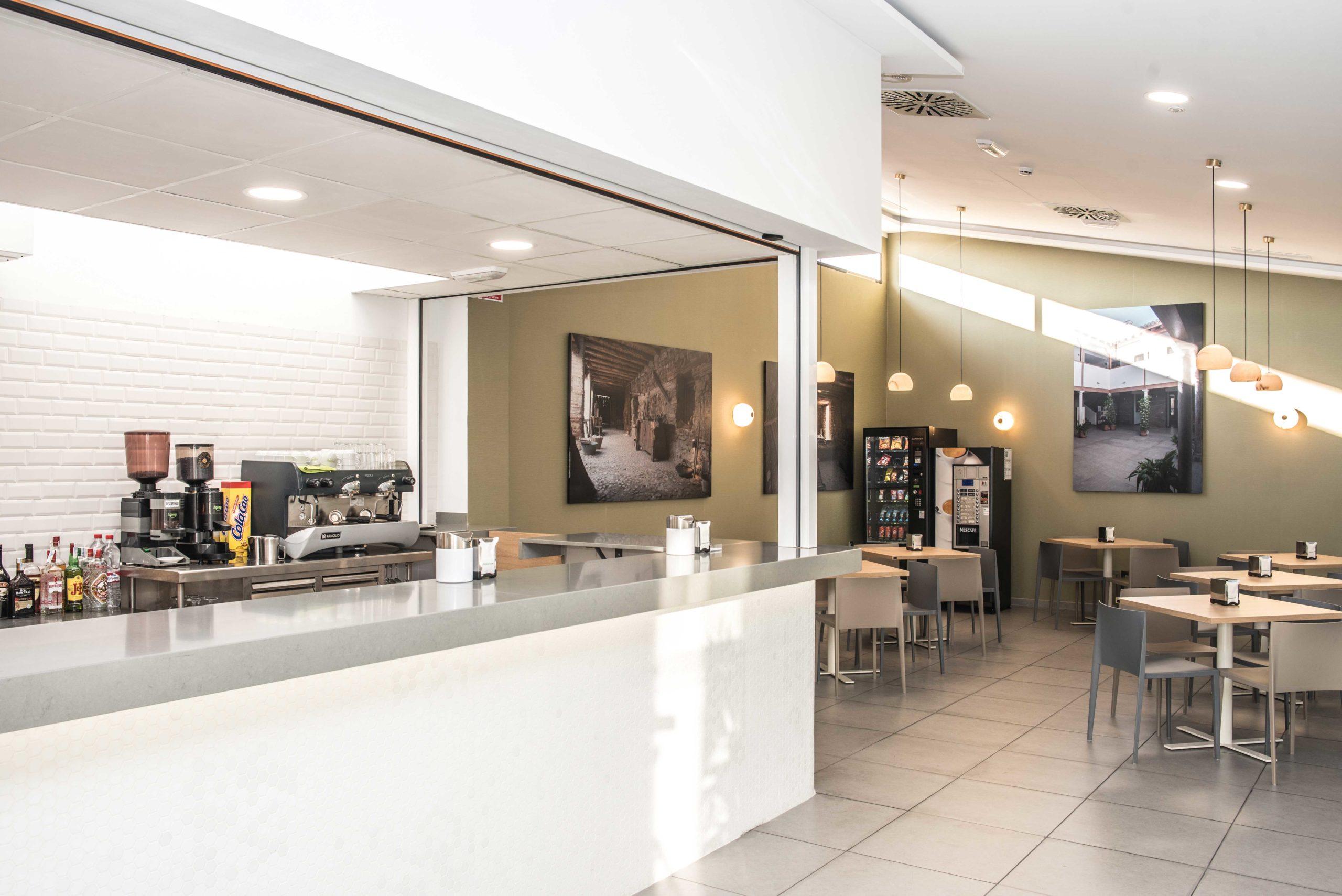 Cafetería-Instalaciones-Tanatorio-Metropolitano-Granada